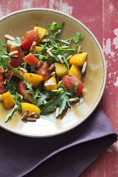 Tomaten- Pfirsich Salat